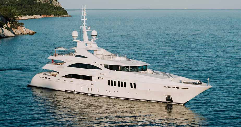Luxury Yacht For Sale | Private Boat | Power Yachts for Sale Dubai UAE