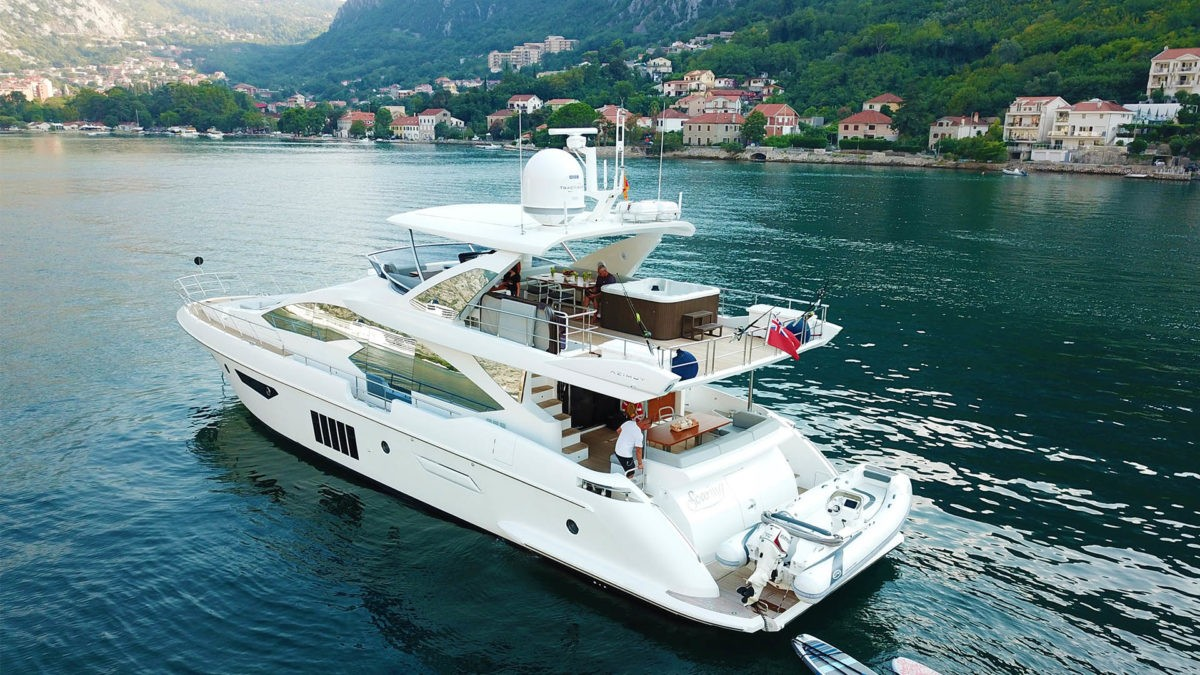 Tips to Celebrate New Year Eve on Yachts in the Middle of Sea/Ocean
